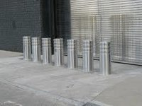 K4 CRASH RATED BOLLARDS