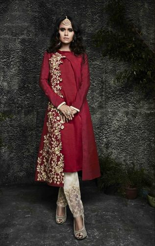 STRAIGHT-CUT  SALWAR SUIT
