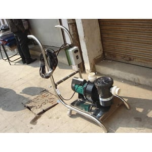 Swimming Pool Suction Sweeping Machine