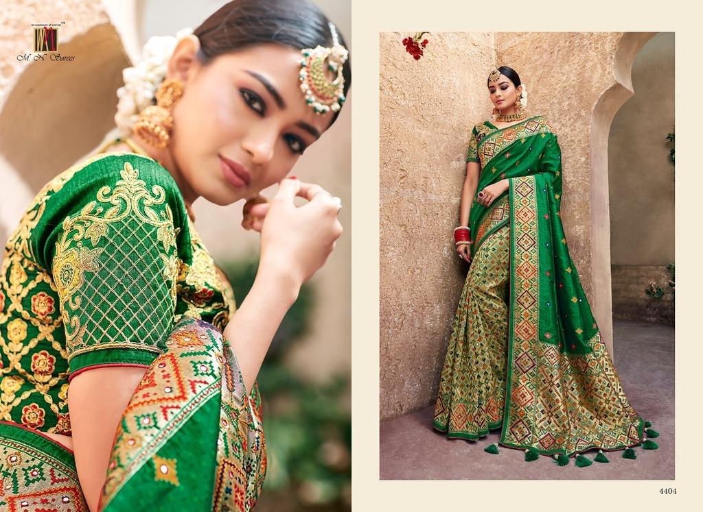Beautiful Wedding For Designer Sarees