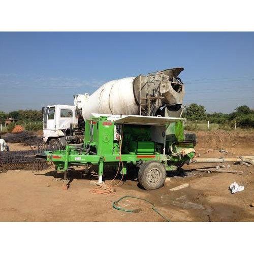 Paint Coated Self Loading Concrete Mixer
