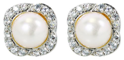 Baby Pearl Earring
