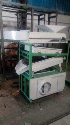 Destoner, Cleaning & Grading Machine