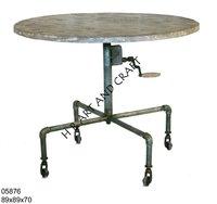 CRANK TABLE