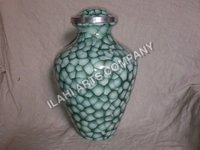 Special Green Clouded Urn