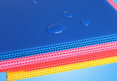 Corona Treated Corrugated Plastic Sheets