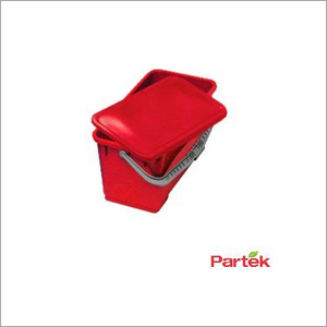 Partek Deluxe 28L Rectangular Bucket With Water Tight Lid - Red PB28A R