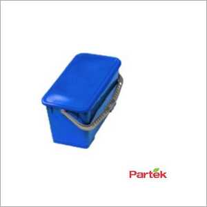 Partek Deluxe 28L Rectangular Bucket With Water Tight Lid - Blue PB28A B