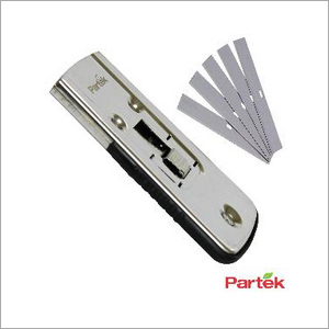 Partek Stainless Steel Safety Scraper + 1 Pack Of 10 Spare Blades SCR03S SCR03SB