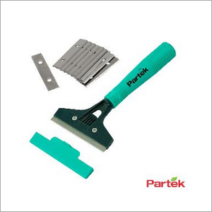 Partek Scraper 'Best' With Plastic Handle + 1 Pack Of 10 Blades SCR02 SB10
