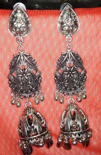 Silver Blinking Earring