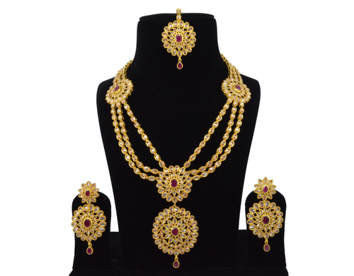 Latest Bollywood Classic Style Antique White Maroon Reverse American Diamond Ad Necklace Set Neck Piece Bridal Set At Price 4000 Inr Piece In Mumbai Saloni Fashion Jewellery