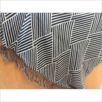 JACQUARD WOOL THROW