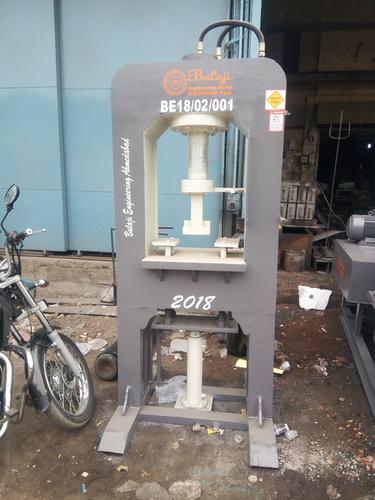 BEW - DM3000 Paver Block Making Machine (D Molding Machine)