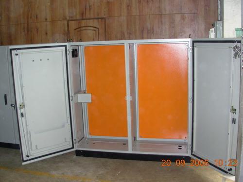 Floor mounting enclosure
