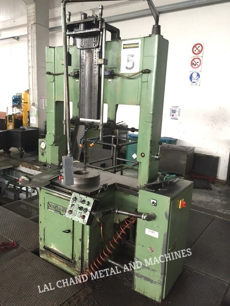 Varinelli Broaching Machine