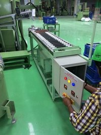 Hot air drying conveyor