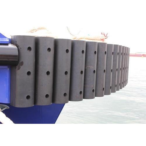 D-Shaped Tug Boat Fender