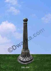 Helvita Cast Iron Bollard Garden Light
