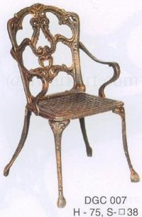 Minto Cast Iron Chair