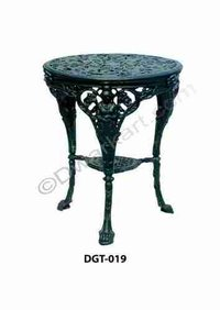 Retro Design Cast Iron Garden Table