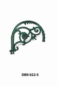 Stylish Cast Iron Pole Bracket