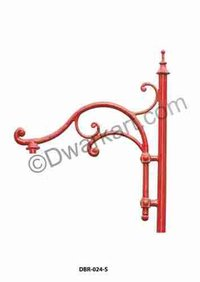 Roman Antique Cast Iron Pole Bracket