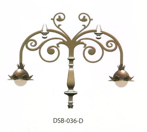 Regina Cast Iron Street Bracket