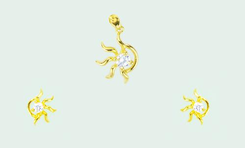 Golden Hexa Pendant Set