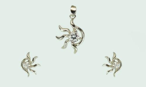 Silver Hexa Pendant Set