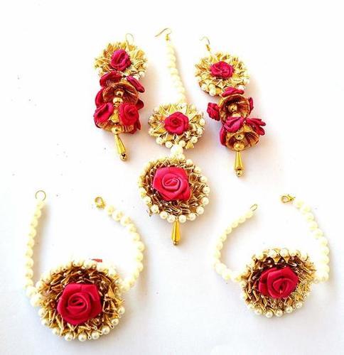 Party Wear Gota Patti Magenta Flower Jewelry Maang Tika Earring .