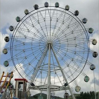 Ferris Wheel Area Required: 5000 Square Foot (Ft2)