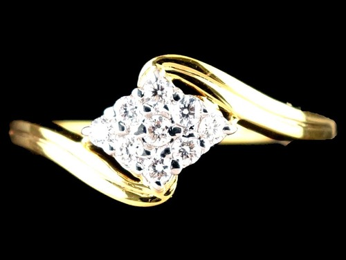 DIAMOND RING SQUARE