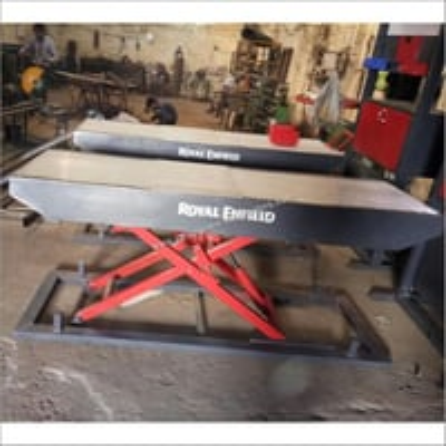 Royal Enfield scissor lift
