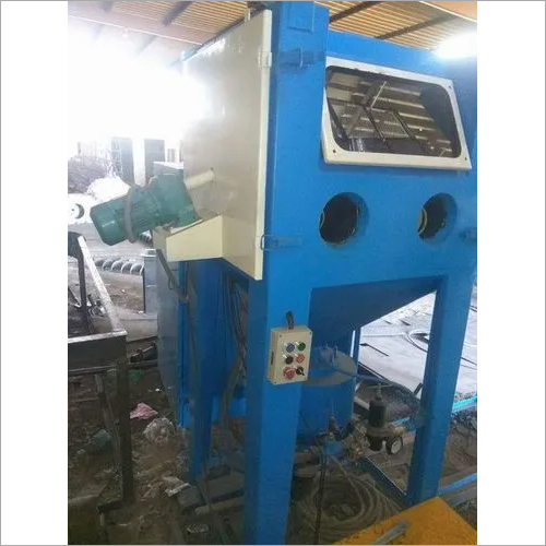 Cabinet Type Sand Blasting Machine