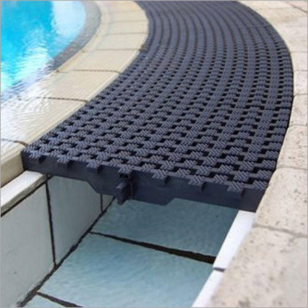 Swimming Pool Grating Corners