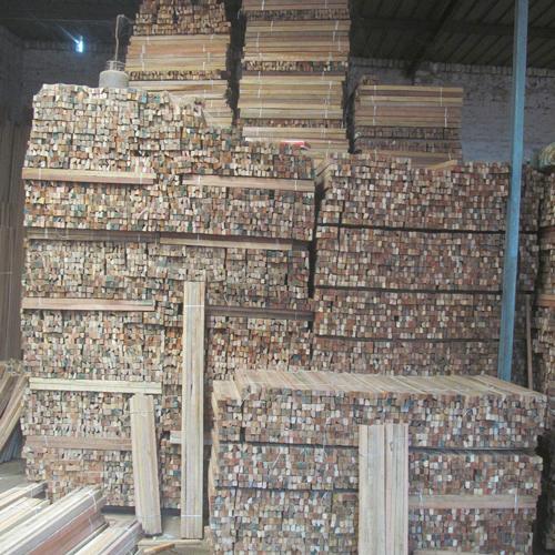 Kapur Timber Wood