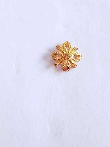 Stylish Gold nose pin