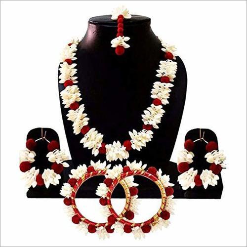 Red & White Mogra Jewelry Set with Earrings Maang Tika .