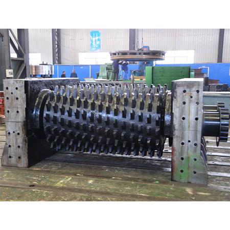 Double Geared Roller Crusher