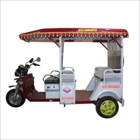 Three Wheel Passenger Battery E-Rickshaw