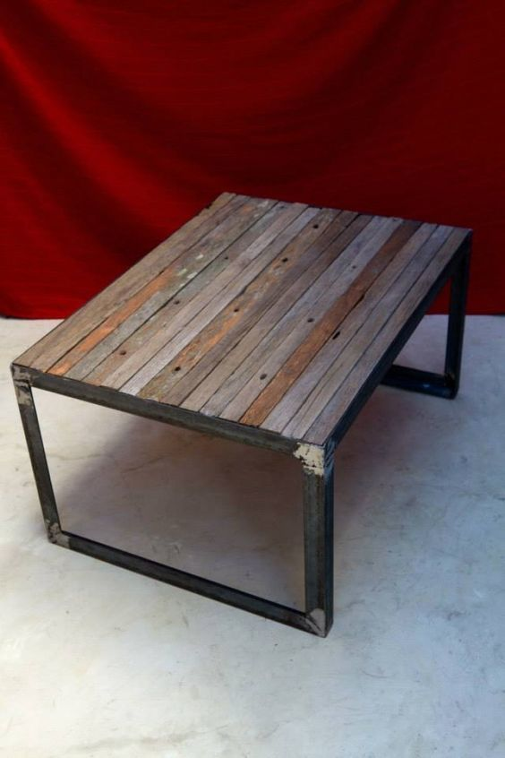 Industrial Coffee Table With Wire Basket