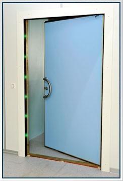 MRI Compatible Ferromagnetic Detector