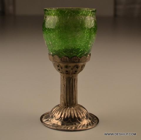 CREAK GREEN COLOR METAL GLASS T LIGHT HOLDER