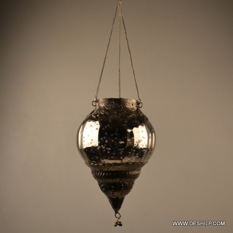 SILVER GLASS HANGING T LIGHT  HOLDER