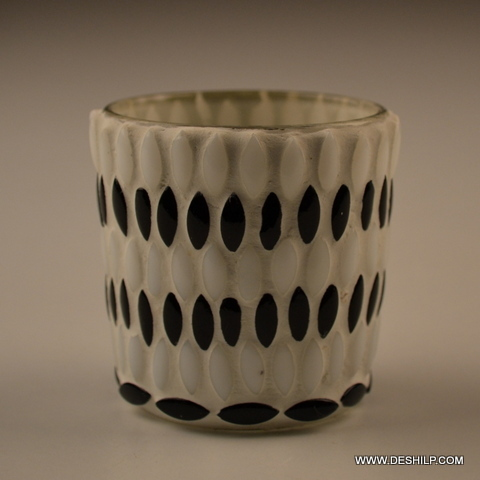 SMALL BLACK AND WHITE GLASS VOTIVE