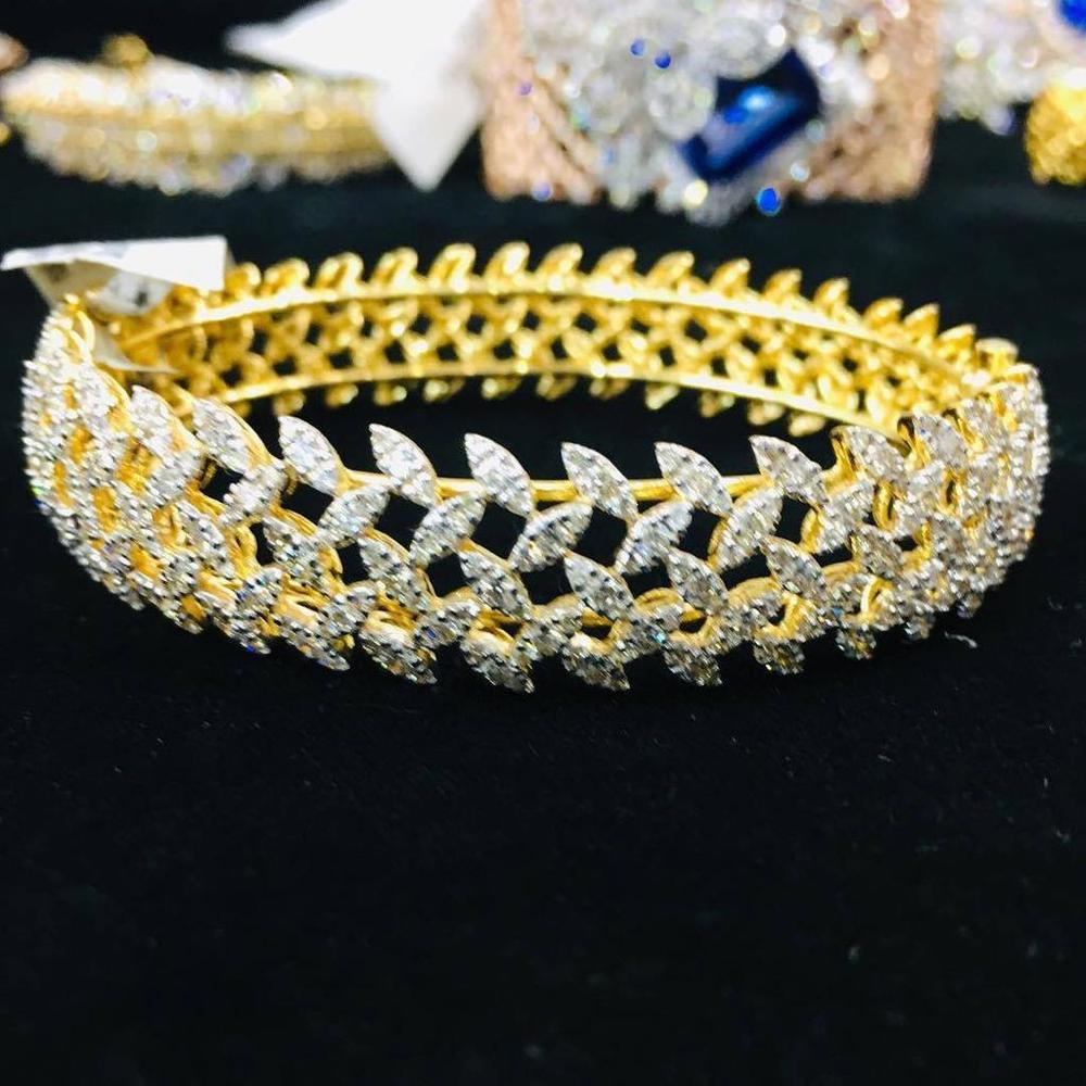 Designer Ladies Diamond Bracelet
