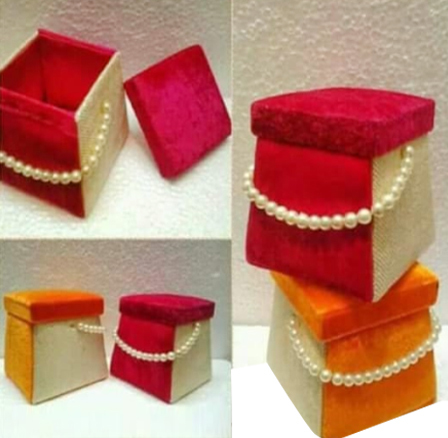 Moti Handle Gift Box
