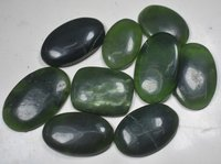 SERPENTINE GREEN POLISHED STONE