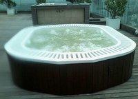 Jacuzzi Spa BathTub